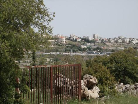 Har Gilo settlement looming over Al Makhrour Credit:EAPPI ERStrachan