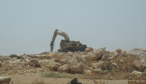 Construction site to the east of Kisan village. Photo: EAPPI/E.O'Driscoll