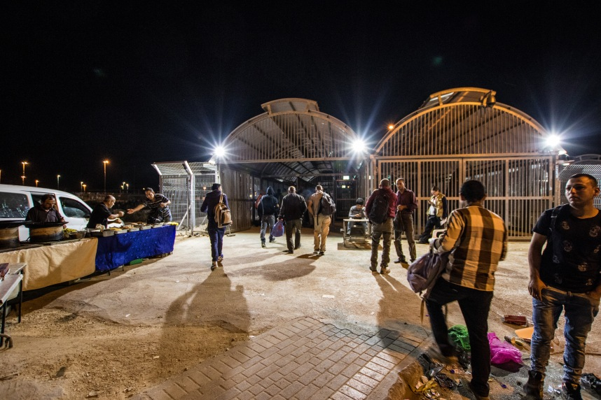 15.5.2017 Hebron Tarqumiya CP, Exterior of the new checkpoint, Photo EAPPI Björn Udd_0